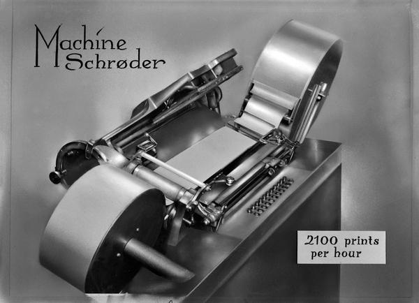 Rotasjonsmaskin hos fotograf Schrøder (Foto/Photo)