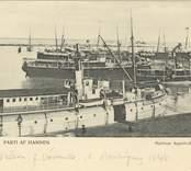 Western  Ångfartyg Western av Västervik, byggt i Norrköping 1848. Kalmar hamn omkring 1900. Till höger lotsverkets tjänstefartyg Kalmar. Bakom detta ligger passagerarfartyget Ostkusten.