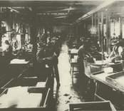 Interiör från stora sliperiet år 1933.