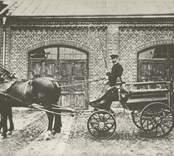 Parspänd vagn vid Pukebergs glasbruk.