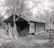 Bod med timrad fasad i Stensjö.