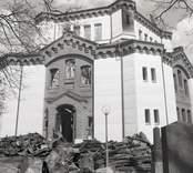 Vid en brand påsken 1974 ödelades kyrka. Örsjöbranden, kyrkan förstörd.