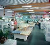 Glasshopen vid Orrefors Glasbruk.