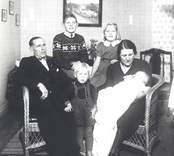 Familjen Karl Sjöblom, trädgårdsmästare i Mörtfors 1935-1946 då de flyttade till Horten i Norge.
