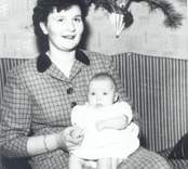 Kerstin Florén, född 1932-09-02 gift Andersson med dottern Åsa.
