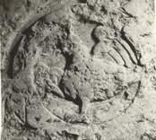 Detalj av en gravhäll i Loftahammars kyrka.