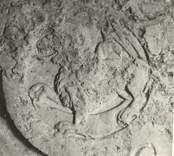 """Detalj av gravhäll i Loftahammars kyrka med Årtalet """"A.N D.M 1670 inhugget."""