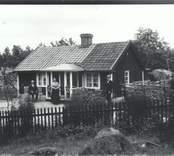 En familj i Sandsnäs.