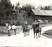 Ridtur i Basebo 1921.