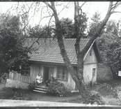 Salem i Hjorted. Prosten Östberg gav mångar bibliska namn åt boställen i Hjorted.
