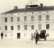 Affärsbyggnad i Oskarshamn.