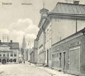 Vykort med motiv från Rådhusgatan i Västervik.