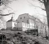 Fredriksbergs herrgård från nordväst.