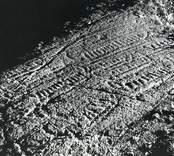 I Råberga, framkom 1933 två grupper av skepp med ett respektive åtta skepp; det enstaka skeppet kan numera ej iakttagas.