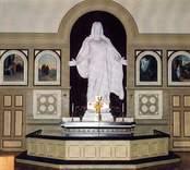 Altaret i Gladhammars kyrka.