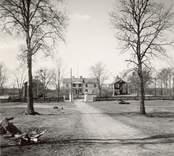 Fagerhults gård, corps de logi med flygelbyggnader.
