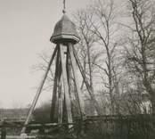En klockstapel i Blackstad.