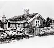 En ryggåsstuga i Bägby.