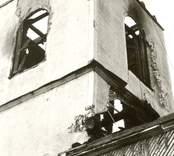 Hälleberga kyrka brandskadad 1976-10-18.