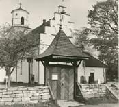 Stigluckan vid Gärdslösa kyrka.