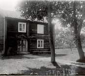 Smeden Horns stuga, nära Madesjö kyrka.