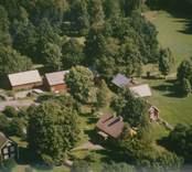 Ett jordbruk i Madesjö socken.