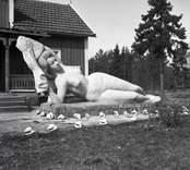 Skulptur av Arvid Källström.