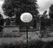 Ett gravkors i järn på Hjorteds kyrkogård.