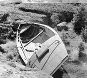 Marknadsbåten Helena från aktern ovanifrån. Foto: 17/08 1951.