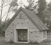 Bisättningskapellet, där avlidna förvarades innan begravningsakten.