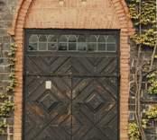Portalen på Ankarsrums kyrka, tillverkad i tegel från  Almviks tegelbruk.