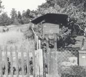 Fattigbössan invid gästgiveriet. Foto H Lenhammar 1955.