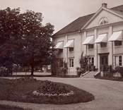 Motiv från Villa Hjalmar i Skälby.