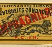 """Tändsticksettikett för den tyskspråkiga marknaden """"Nichtnachglühende sicherheits-zündhölzer"""", från Nybro Tändsticksfabrik."""