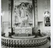 Altaret i Hälleberga kyrka före branden 1976
