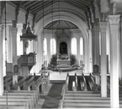 Interiören i Västra Eds kyrka.