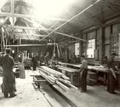 Arbete på Kalmar Lådfabrik.