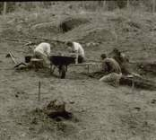 Arkeologisk undersökning  Boplats C:1. Under utgrävning, från söder.