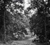 Backen från stallet till stora bron vid Helgerums säteri.