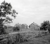 Norra byn sedd mot syd.