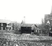 Motiv från Fagerhult. I bakgrunden ses den tidigare 1700-talskyrkan, som revs 1901.