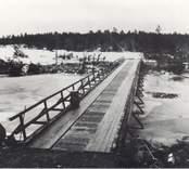 Eksjö. Militärbro från Ing 2 in i Eksjö vid Långöarna.