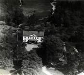 Flygfoto över en herrgård i Virkvarn i Misterhults socken.