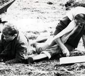 Kronprins Carl Gustaf och prinsessan Christina deltar vid utgrävningarna av Skedemosse.
