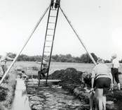Fotodokumentation av utgrävningarna i Skedemosse.