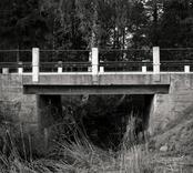 Bro över Illerns utlopp, Illån vid Lömmhult i Oskarshamn. Foto, uppströms från sydsydost.