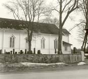 Oskar kyrka: Kyrkan från söder.