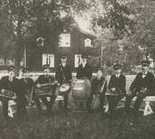 Orkester vid Pukebergs glasbruk.