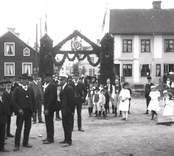 Nybro, äreport vid kungabesök 1910.