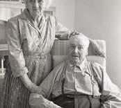 Björkhaga ålderdomshem, Påryd. Det gamla strävsamma paret.